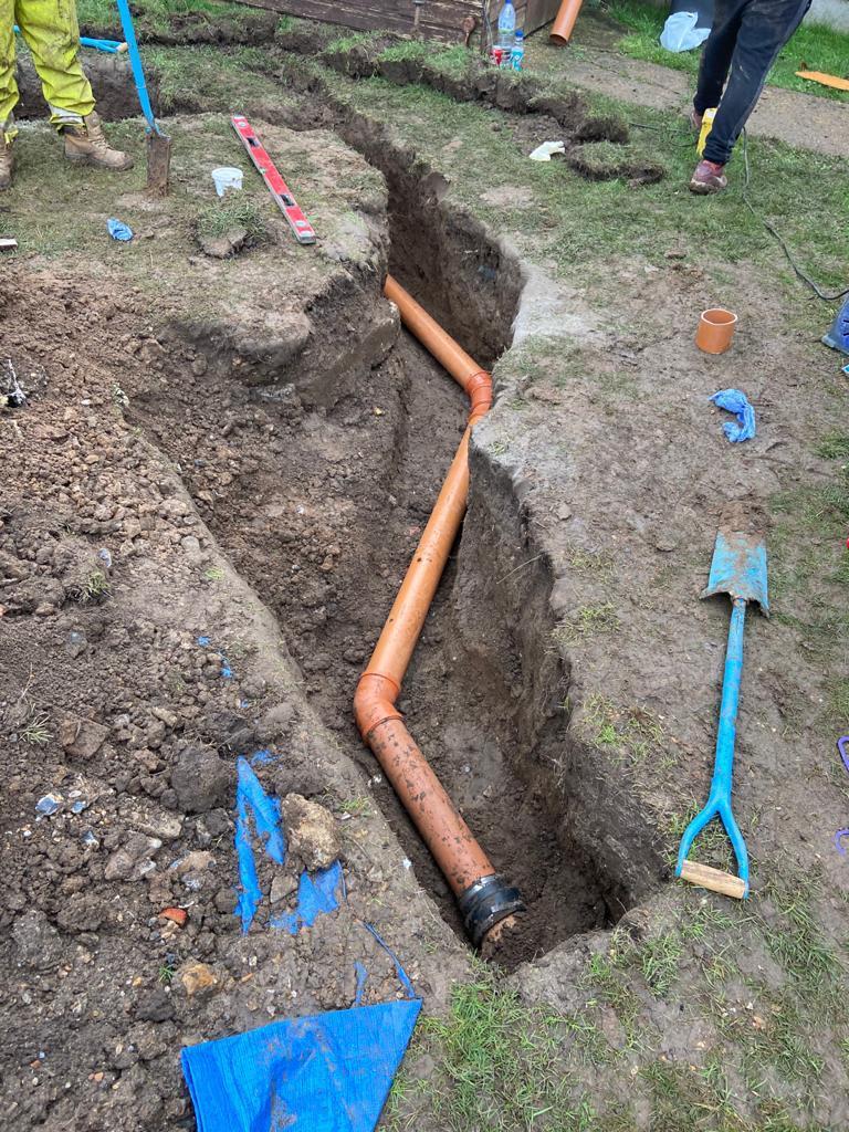 drainage contractors Berkshire