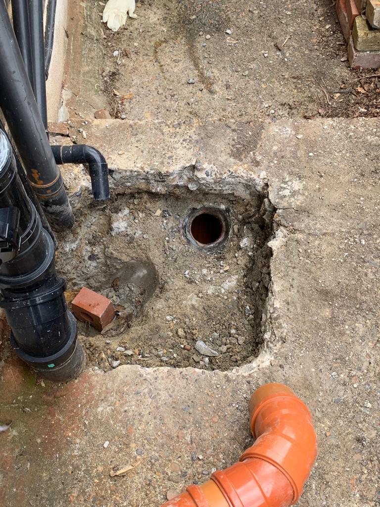 repair drains Berkshire