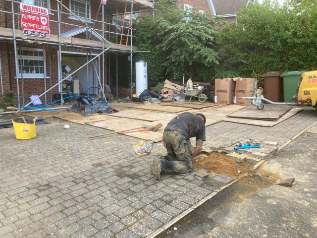 Moling Sub Contractors Rerouting Water Main for Building Contractor Wentworth Moling Services